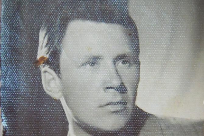 W latach 80. XX wieku Aleksander Daszkiewicz trenował reprezentację w pchnięciu kulą. Zdjęcie ze zbioru Sali Historii.